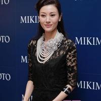 李嘉欣Mikimoto项链亮相品牌活动
