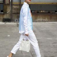 白色牛仔裤最是那纯洁的清爽
