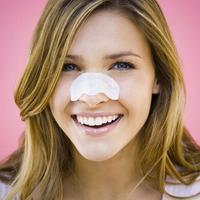 3个简单方法助你摆脱草莓鼻