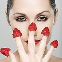 """3个简单方法跟""""草莓鼻""""说拜拜"""