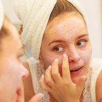 导致毛孔粗的坏习惯你中招了吗?