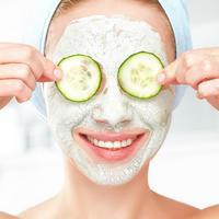 多款自制黄瓜面膜方法有了它这个夏季皮肤水水的