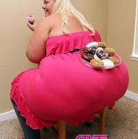 两朵奇芭:世上最大的两个尊臀