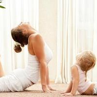 15分钟睡前瑜伽塑造身材曲线