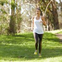 跑步减肥注意三大点瘦身更见效