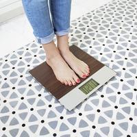 女人产后减肥一个月减20斤