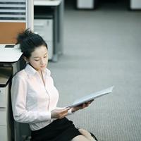 怎样避免办公室恋情的发生