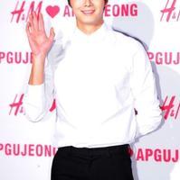 韩星丁一宇将出演MBC新剧《月亮抱着太阳》