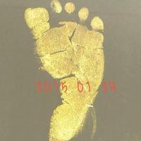 45岁刘若英产子晒婴儿脚印网友送祝福